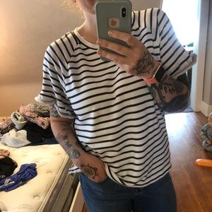 Flared sleeve T-shirt